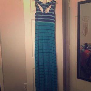 Calvin Klein maxi dress 🌺